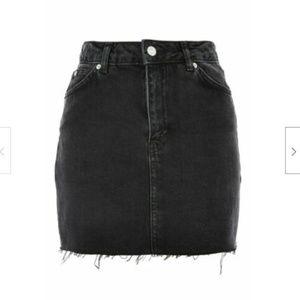 Topshop Moto Raw Hem Denim Mini Skirt Washed Black